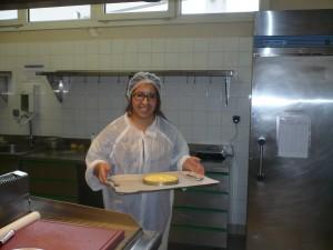 Karima apprentie cuisinière.